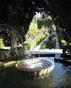 フェネラーリ庭園の噴水