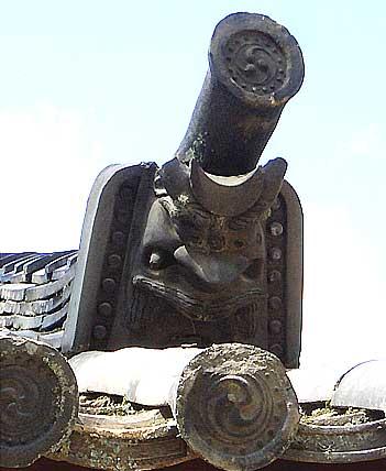 東大寺の鬼瓦