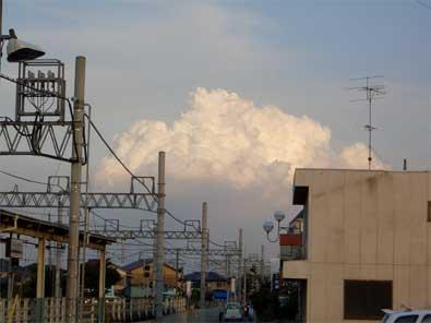 自宅近くの雲