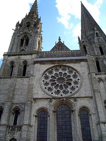 chartrescath6.jpg