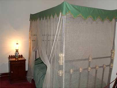 豊平館 ベッド