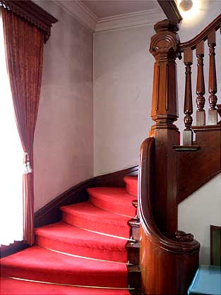 豊平館 階段