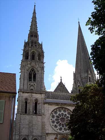 chartrescath3.jpg